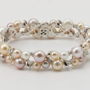 BRACCIALE PERLE E DIAMANTI CT. 0.15